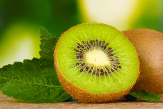 Beachbody Blog 5 Heart Healthy Foods Kiwi