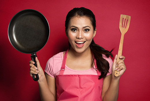 How to Cook Almost Any Recipe…Even If You Have a Bare Bones Kitchen minimalist kitchen cooking spatula skillet