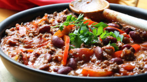 Beachbody Blog healthy recipe for vegan habanero chili with seitan