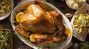 8 Tips for Avoiding Holiday Overeating