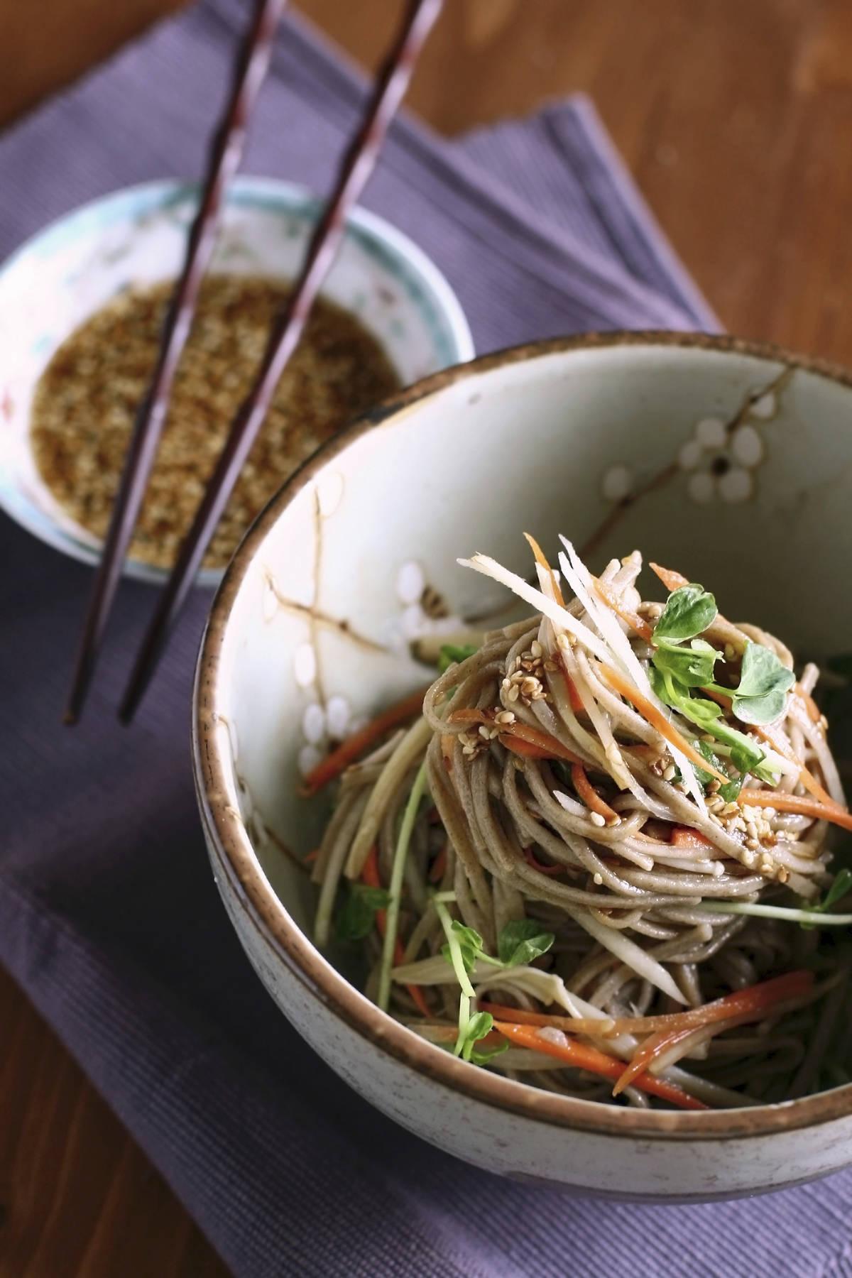 Longevity noodles recipe