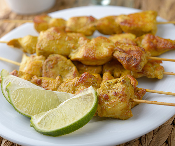 Chicken satay with peanut dipping sauce