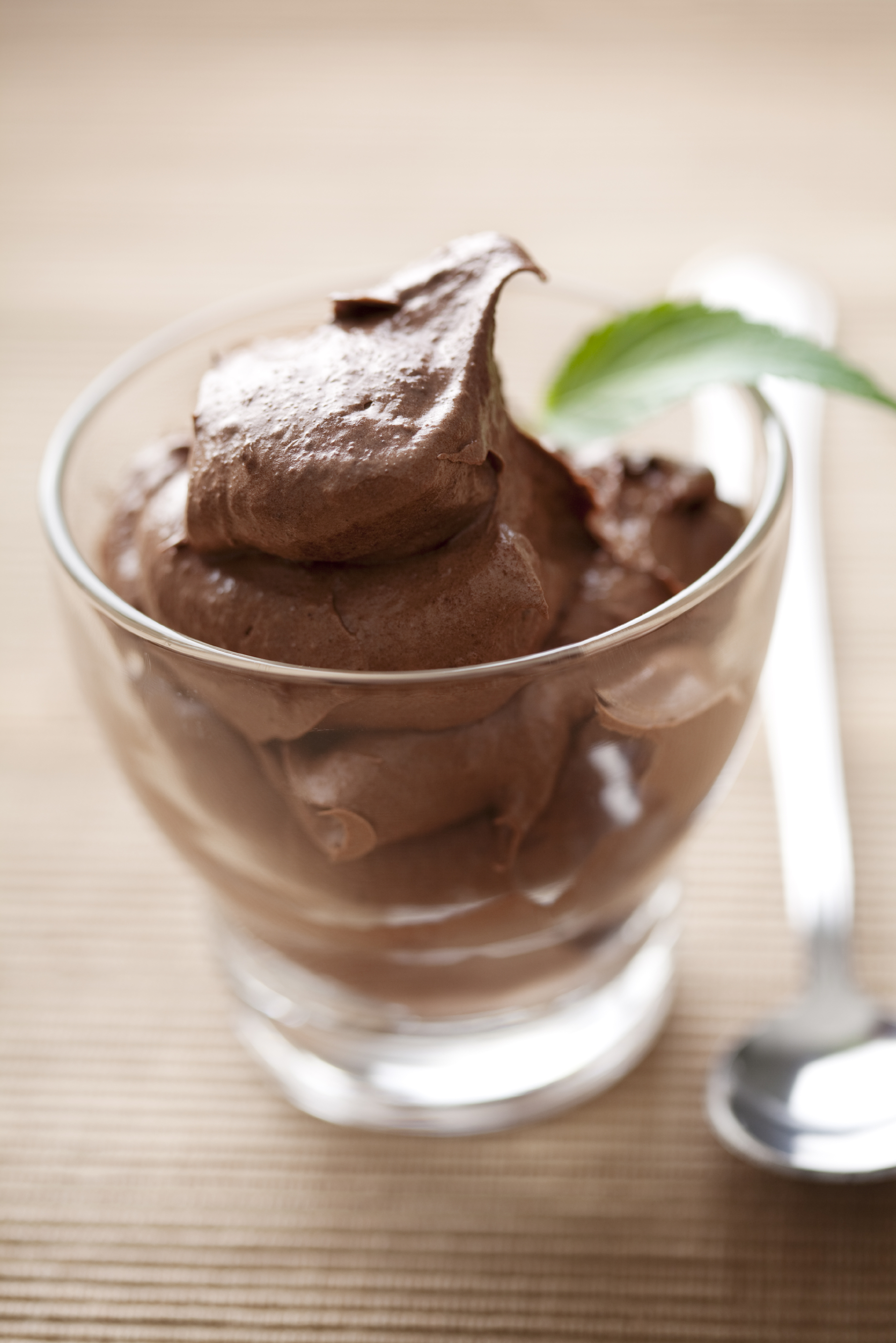 Craving chocolate? This creamy mocha mousse tastes decadent, but it is ...