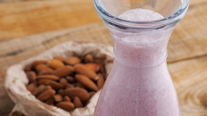 Almond Strawberry Shakeology Dream