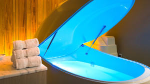 8 Reasons to Try Flotation Tank Therapy