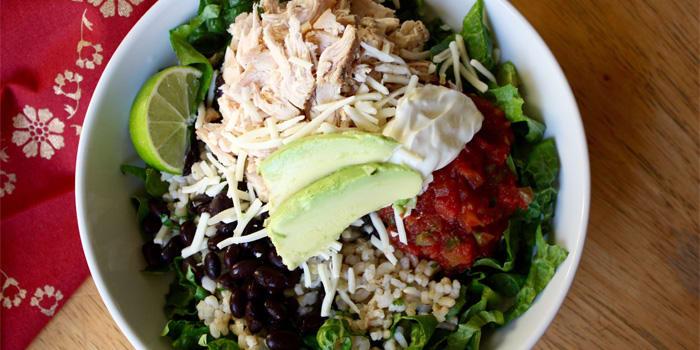 Black Bean and Chicken Burrito Bowl | The Beachbody Blog