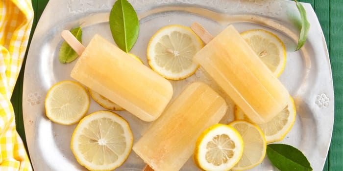 Beachbody-Blog-Lemonade-Popsicles