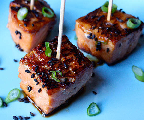 Teriyaki salmon bites the beachbody blog for Canape plate definition