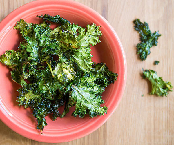 Healthy Snacks for Work Under 200 Calories - Kale Chips
