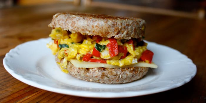 Mozzarella and Egg Breakfast Sandwich | The Beachbody Blog