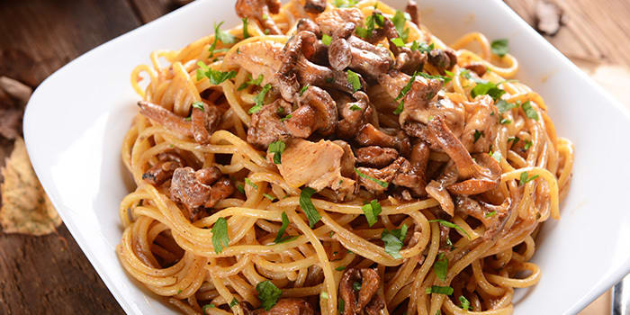 Chicken and Mushroom Pasta | The Beachbody Blog