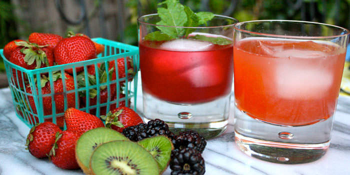 10 refreshing ways to flavor your water recipes