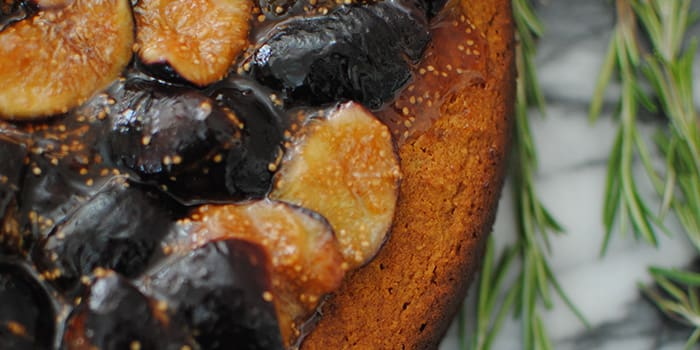 Rosemary Honey Fig Cake | The Beachbody Blog