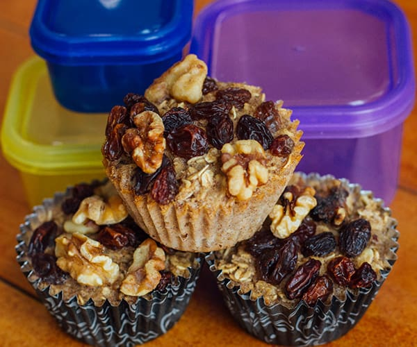 Baked Oatmeal Cups with Raisins and Walnuts | BeachbodyBlog.com