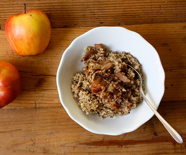 Slow Cooked Steel Cut Oatmeal with Apples and Cinnamon | BeachbodyBlog.com