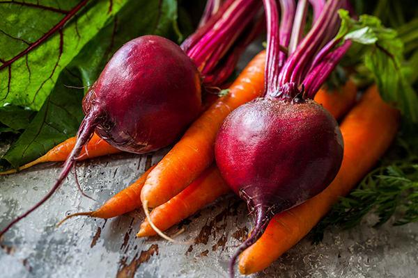 Honey-Roasted Carrots and Beets | The Beachbody Blog