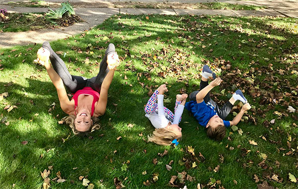 How-To-Share-Yoga-With-Your-Kids-Happy-Baby