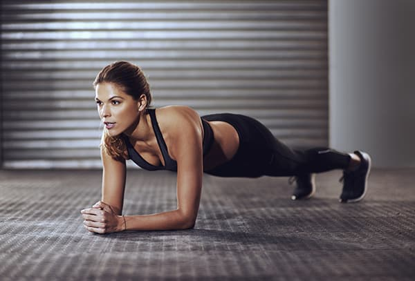 Can-You-Crunch-Your-Way-to-a-Flat-Stomach-Plank