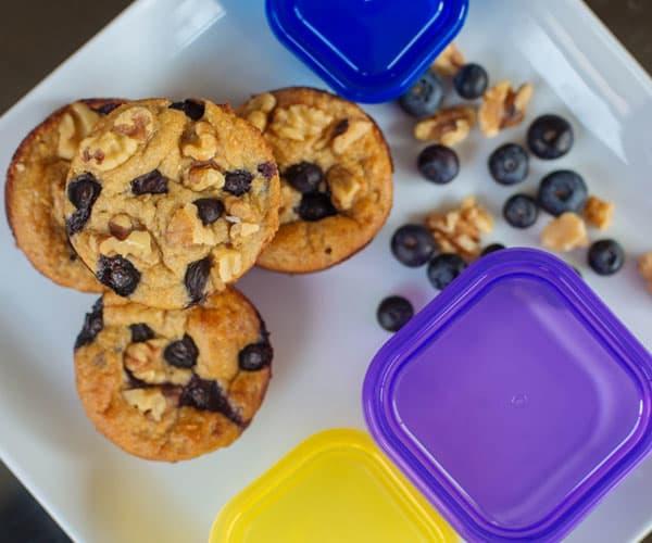 15 Healthy Breakfasts - Banana Oatmeal Blender Muffins
