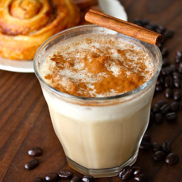 15 Healthy Breakfasts - Cinnamon Roll Shakeology