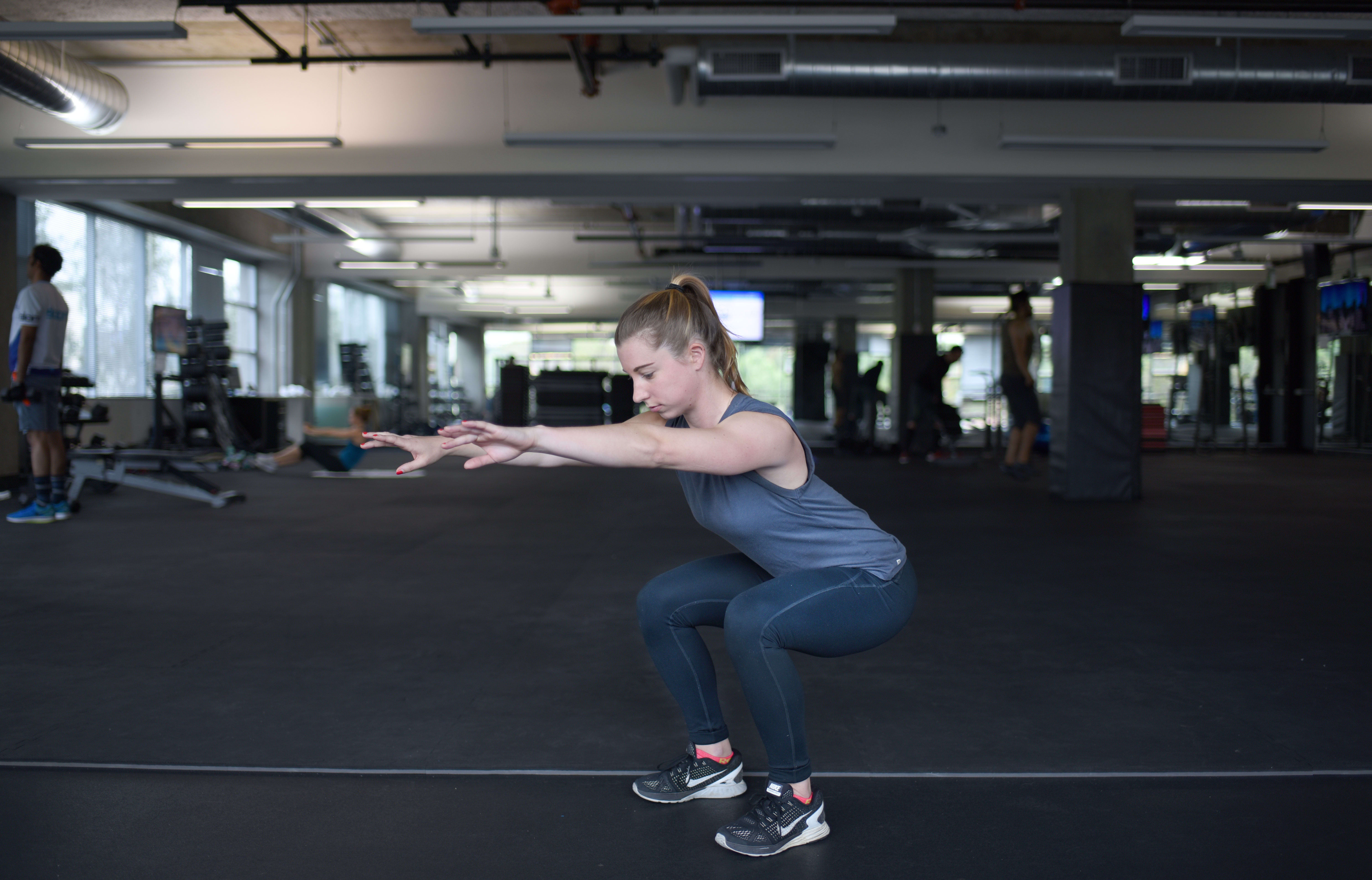 4 of the Best Butt Exercises to Lift Your Butt - Squat