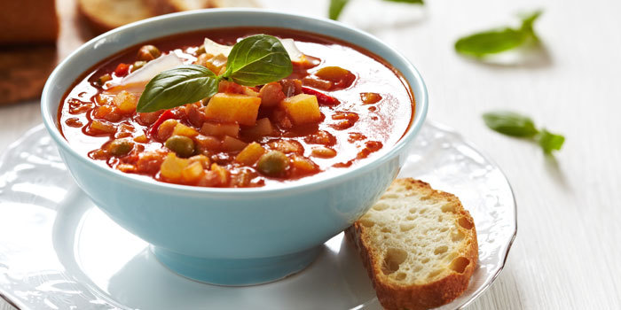 Beachbody-Blog-Hearty-Vegetable-Soup_z8snhz