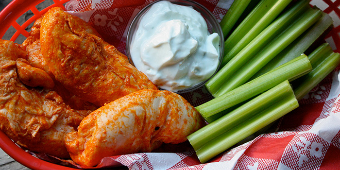 Buffalo Chicken Tenders with Blue Cheese Sauce recipe