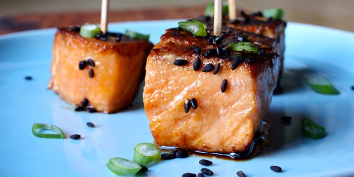 Teriyaki-Salmon-Bites_bzvhae