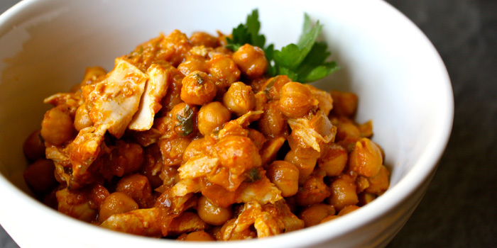Chickpea-Curry-with-Chicken_gujddu