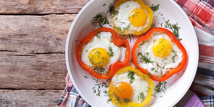 Eggs in Bell Pepper Rings