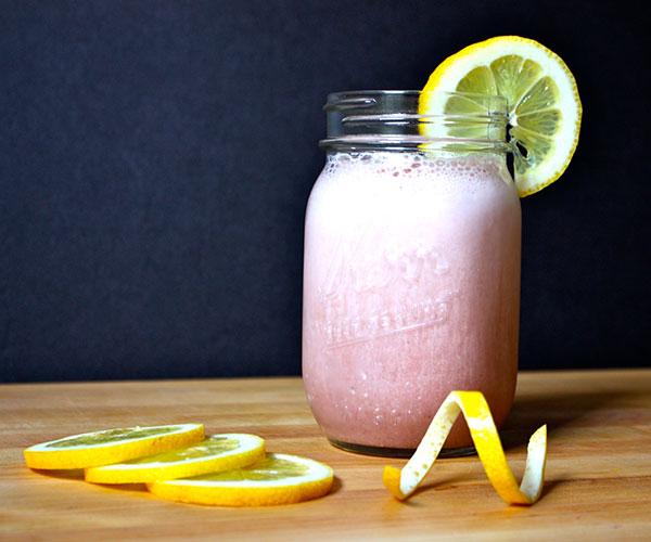 Strawberry Lemonade Shakeology   BeachbodyBlog.com