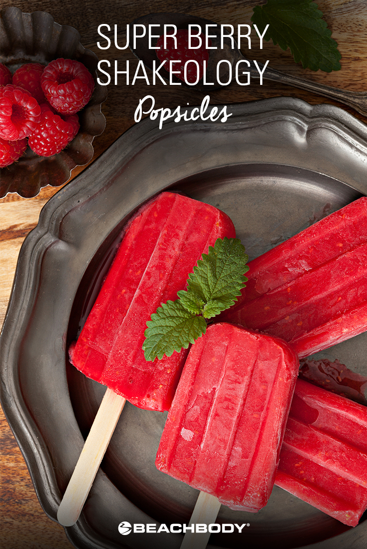 Super Berry Shakeology Popsicles Recipe | BeachbodyBlog.com