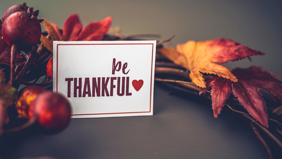 8 Ways To Give Thanks By Giving